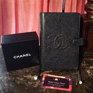Authentic Chanel agenda MM authentic medium